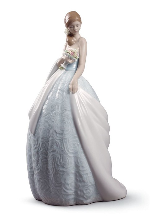Lladro Her Special Day Porcelain Figurine