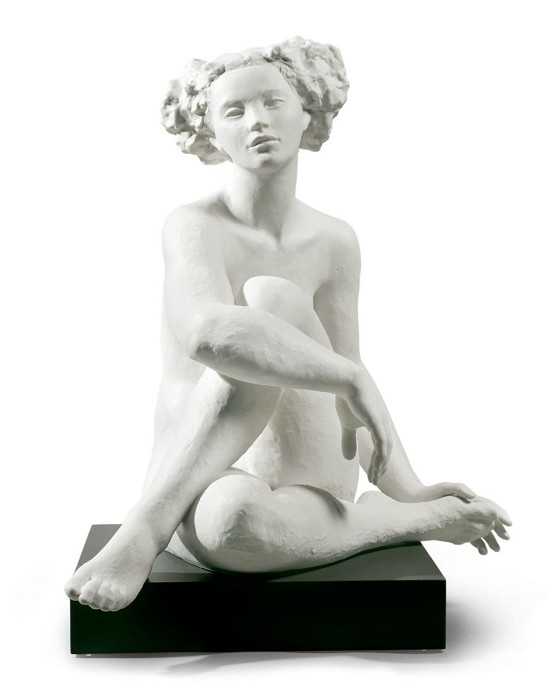 Lladro ESSENCE OF A WOMAN