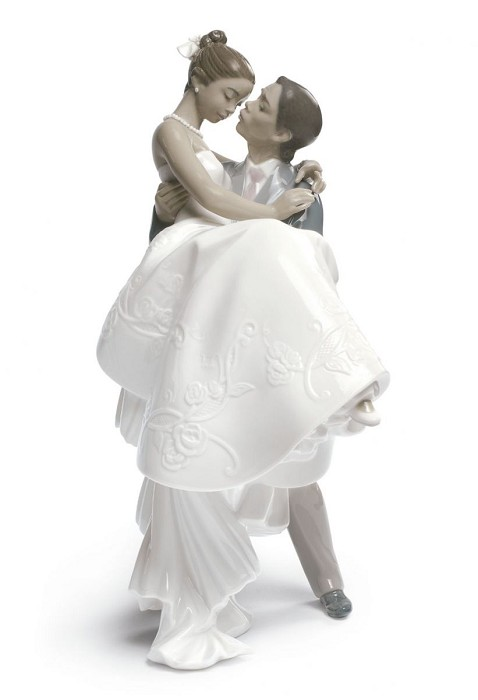 Lladro Black Legacy THE HAPPIEST DAY (BLACK) Porcelain Figurine