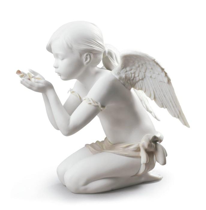 LladroA Fantasy BreathMixed Media Sculpture