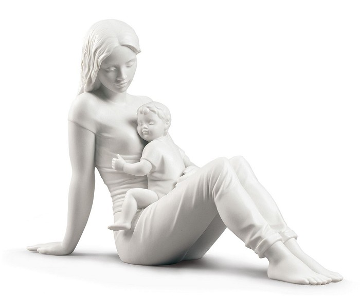 Lladro A mother's love Porcelain Figurine