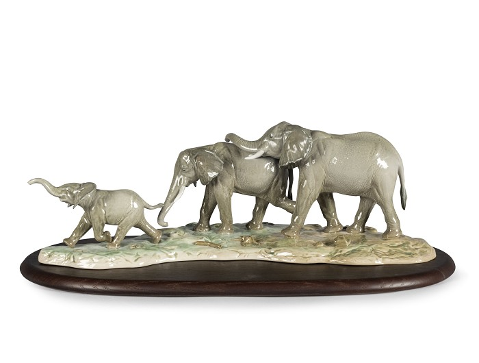 Lladro We Follow in Your Steps Elephants Porcelain Figurine