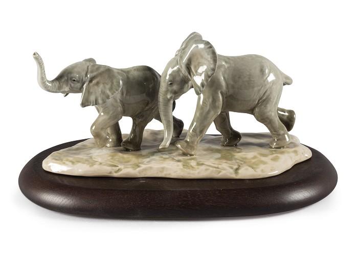 LladroFollowing The Path ElephantsPorcelain Figurine