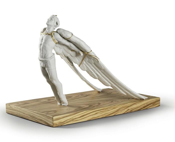 LladroIcarusPorcelain Figurine