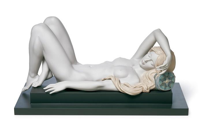 LladroREPOSEPorcelain Figurine