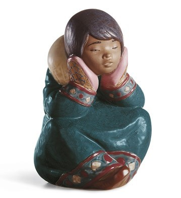 LladroPENSIVE ESKIMO GIRLPorcelain Figurine