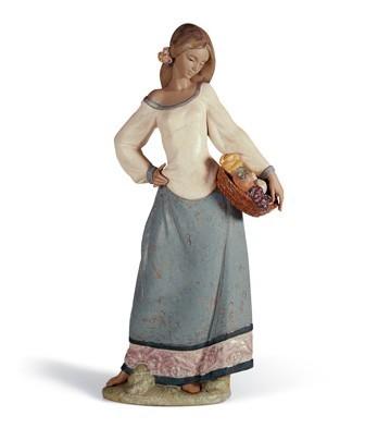 LladroSEASONAL GIFTSPorcelain Figurine