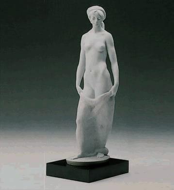 LladroDEMURENESSPorcelain Figurine