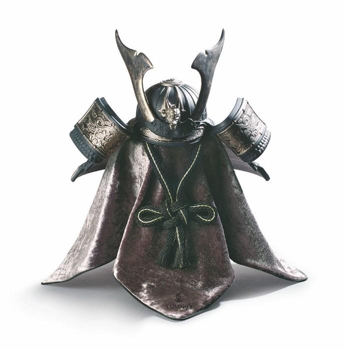 LladroDragon Samurai Helmet Silver LustrePorcelain Figurine