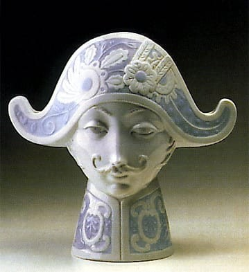 Lladro Tricornered Hat Porcelain Figurine
