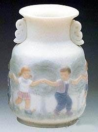 Lladro Vase - Decorated Porcelain Figurine