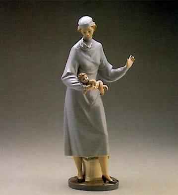 LladroMidwifePorcelain Figurine