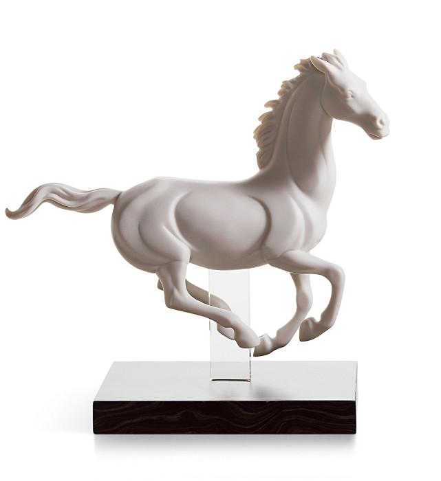 LladroGALLOP IVPorcelain Figurine