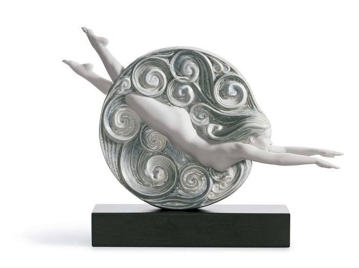 LladroCuriositasPorcelain Figurine