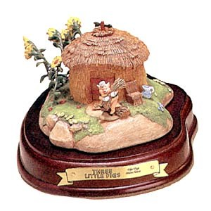 WDCC Disney ClassicsThree Little Pigs Fifer Pig Straw House