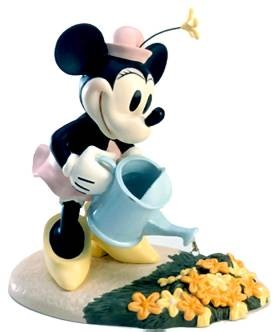 WDCC Disney Classics Mickey Cuts Up Minnies Mouse Garden