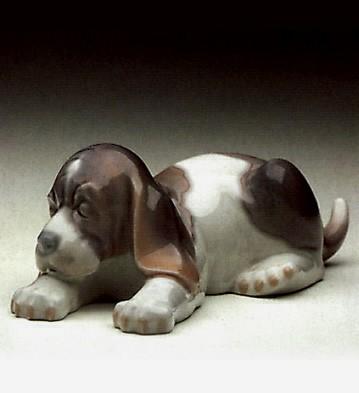 LladroBeagle Puppy Lying 1969-91Porcelain Figurine