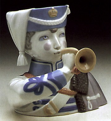 Lladro Boy With Cornet 1971-73 Porcelain Figurine
