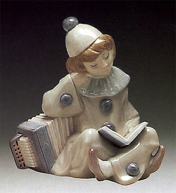 Lladro Girl with Accordion 1971-81 Porcelain Figurine
