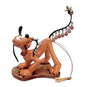 WDCC Disney Classics Plutos Christmas Tree Pluto Helps Decorate Ornament