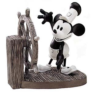 WDCC Disney ClassicsSteamboat Willie Mickey Mouse Mickey's Debut