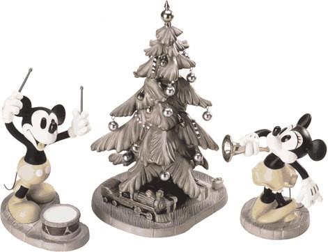 WDCC Disney ClassicsMickey's Orphans Mickey, Minnie & Christmas Tree Hooray For The Holidays