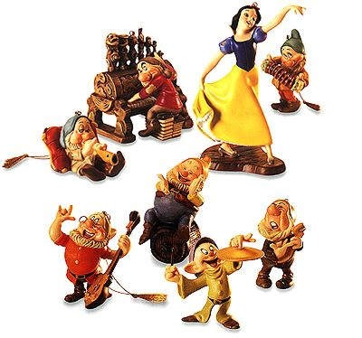 WDCC Disney Classics Snow White And The Seven Dwarfs Ornament Set