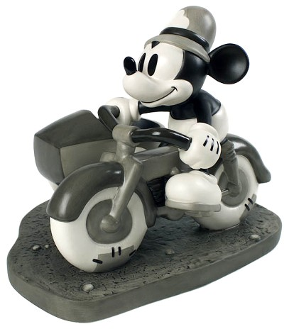 WDCC Disney ClassicsThe Dog Napper Mickey Mouse On Patrol
