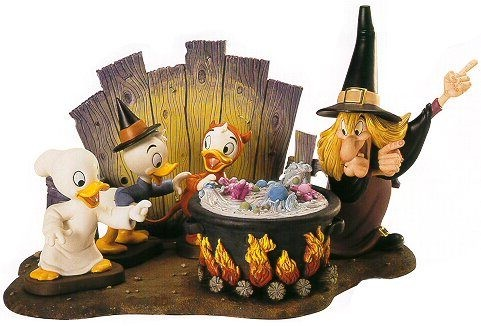 WDCC Disney Classics Trick Or Treat Witch Hazel Brewing Up Trouble Complete Set