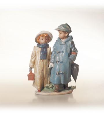 LladroAway to School 1993-13Porcelain Figurine