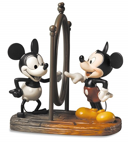 WDCC Disney Classics Mickey Through The Years Mickey Mouse With Mirror Mickey Then And Now