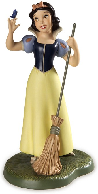 WDCC Disney Classics Snow White Whistle While You Work