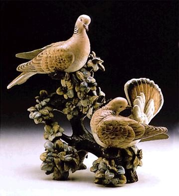 LladroTurtle Doves Le750  1973-76Porcelain Figurine