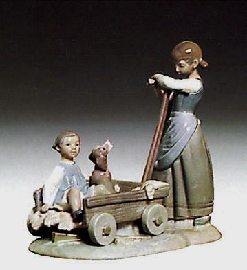 LladroGirl With Wheelbarrow 1973-81Porcelain Figurine