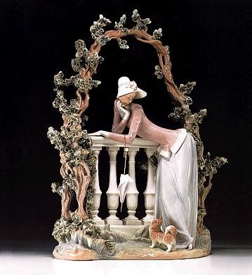 Lladro In The Balustrade  1974-98 *** Porcelain Figurine