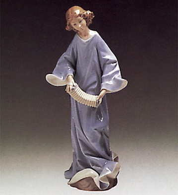 Lladro Angel With Accordian 1976-85 Porcelain Figurine
