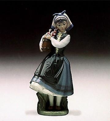 LladroBudding Blossoms 1982-97Porcelain Figurine
