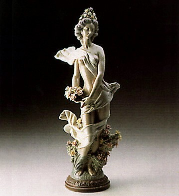 Lladro Classic Spring 1985 Le 1500 Porcelain Figurine