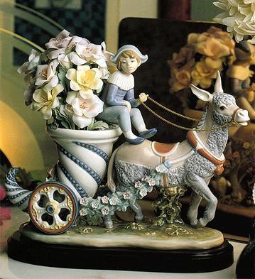 LladroFantasia Le5000 1986-2001Porcelain Figurine