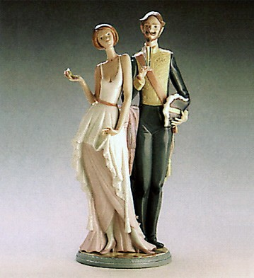 Lladro The Reception 1986-89 Porcelain Figurine