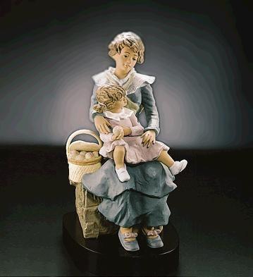 LladroA Treasured MomentGoyesca Porcelain Figurine