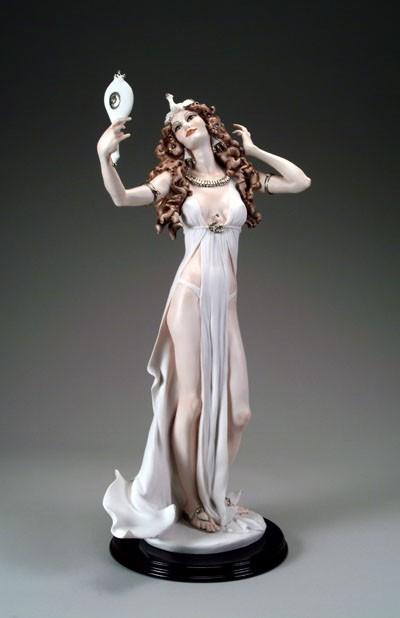 Giuseppe ArmaniCleopatra