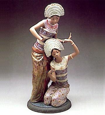 LladroBali Dancers 1977-94Porcelain Figurine