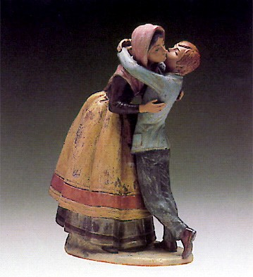 Lladro Kissing The Mother 1980-81 Porcelain Figurine
