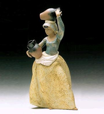 LladroTo The Well 1990-2001Porcelain Figurine