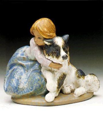 LladroA Big Hug 1990-97Porcelain Figurine
