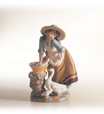 Lladro Laundry Day Porcelain Figurine