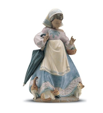 LladroUnderfoot 1992-01Porcelain Figurine