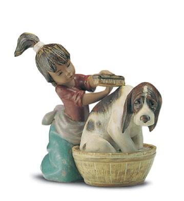 LladroBashful Bather 1994-2001Porcelain Figurine