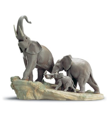 Lladro Elephants 1995-01 Porcelain Figurine